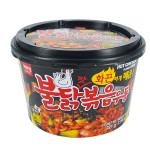 Wang Korean Stir-Fried Udon Hot Chicken Flavour Bowl  / 韩国即食炒面辣鸡味 221g