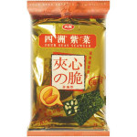 FOUR SEAS Seaweed With Filling Almond 15g / 四洲紫菜 夹心の脆 (杏仁夹心)
