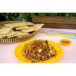 Char Kway Teow: Stir-Fried Rice Noodles